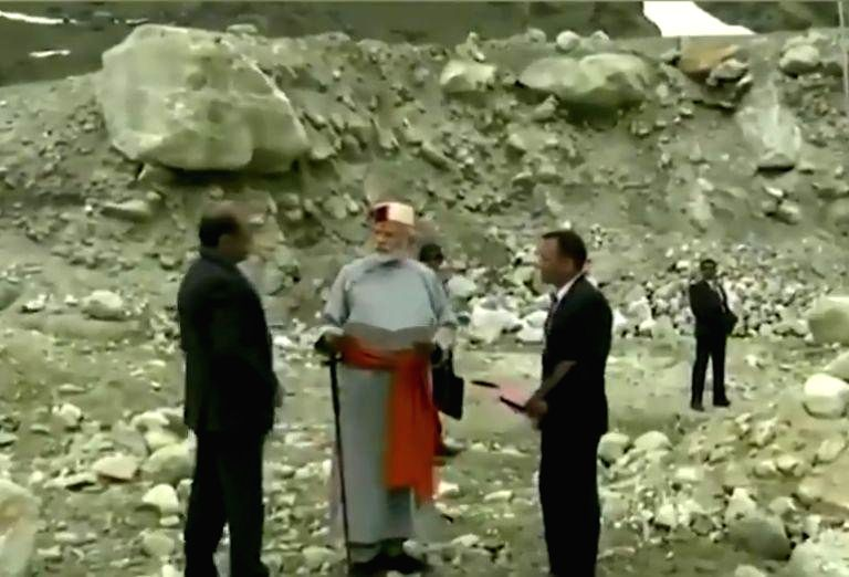 Prime Minister Narendra Modi reviews redevelopment projects in Kedarnath, Uttarakhand on May 18, 2019. (Video Grab: BJP) - Narendra Modi