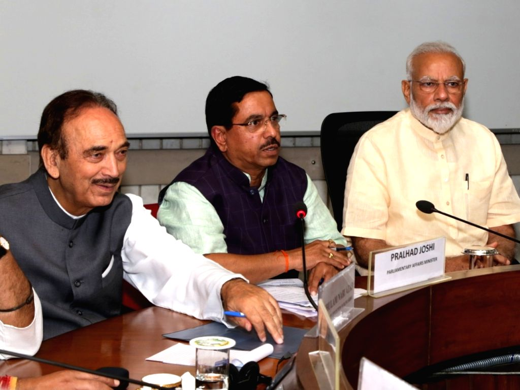 Prime Minister Narendra Modi, Union Minister Pralhad Joshi and Congress leader Ghulam Nabi Azad during the all party meeting in New Delhi, on June 16, 2019. - Narendra Modi and Pralhad Joshi
