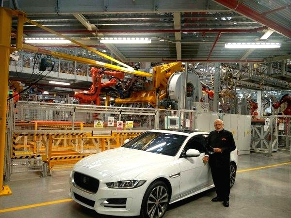 Prime Minister Narendra Modi visits Jaguar Land Rover (JLR) plant, a subsidiary of India's Tata Motors at Solihull, UK on Nov 14, 2015. - Narendra Modi