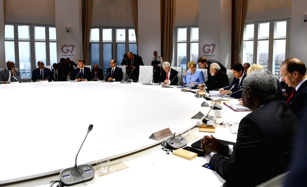 Prime Minister Narendra Modi with leaders of the G7 Nations during the session on 'Biodiversity, Oceans, Climate' at the G7 Summit in Biarritz, France on Aug 26, 2019. - Narendra Modi