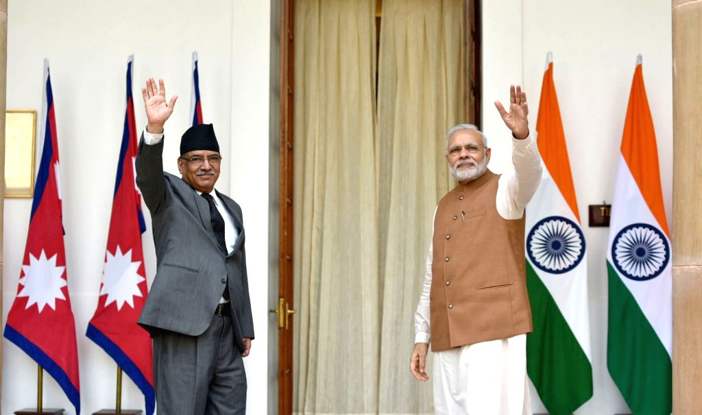 Prime Minister Narendra Modi with the Prime Minister of Nepal Pushpa Kamal Dahal, at Hyderabad House, in New Delhi on September 16, 2016. - Narendra Modi