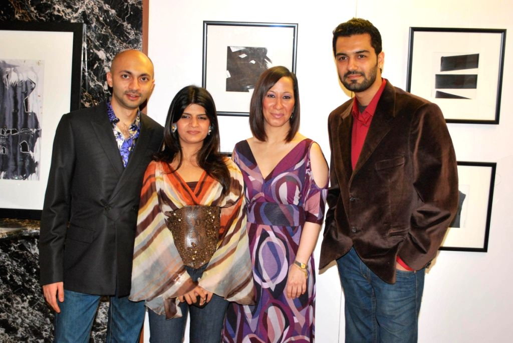 Priya Chintan with artists at Lower Parel and paintings inspired by film 99.
