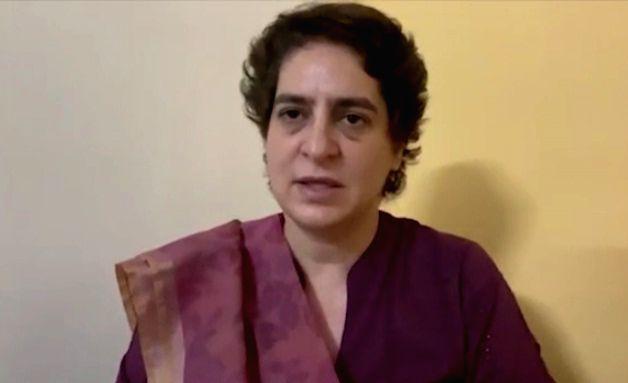 Priyanka Gandhi arrested, kept in PAC guesthouse. - Priyanka Gandhi
