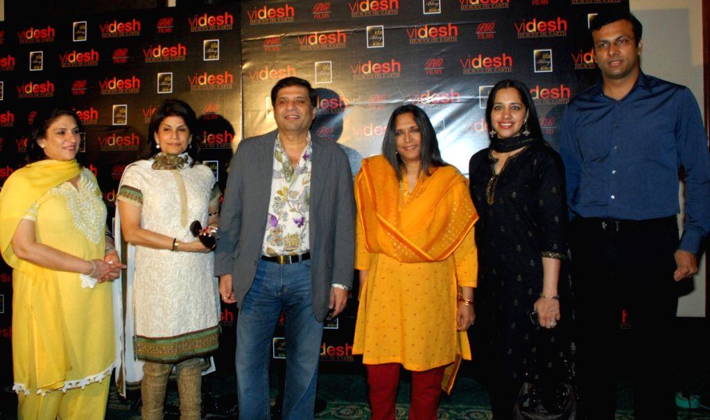"""Producer Ravi Chopra with actress Ramanjit Kaur and Director Deepa Mehta at press conference at Deepa's  new film """"Videsh-Heaven on earth""""  in Kolkata on Thursday 19th Mar 09. - Ramanjit Kaur"""