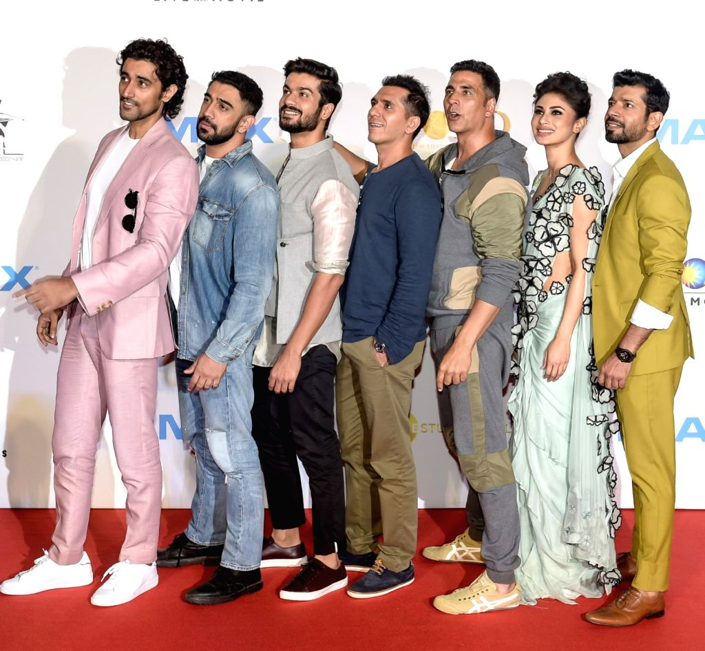 Producer Ritesh Sidhwani, actors Akshay Kumar, Mouni Roy, Vineet Kumar Singh, Amit Sadh, Kunal Kapoor and Sunny Kaushal at the IMAX trailer and poster launch of their upcoming film ... - Akshay Kumar, Mouni Roy, Vineet Kumar Singh, Amit Sadh, Kunal Kapoor and Sunny Kaushal