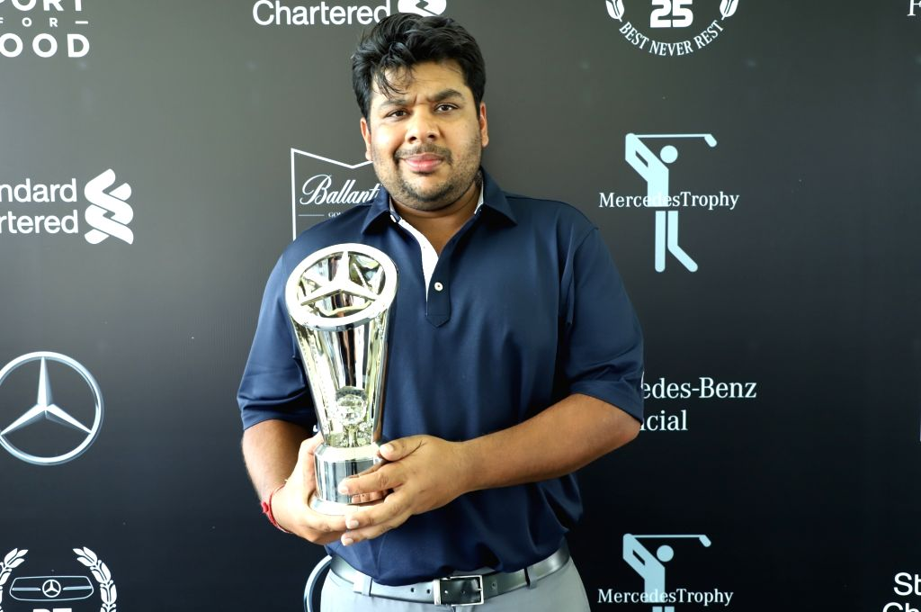 Pune:One of the winners of  National Finals of the Mercedes Trophy 2019 - Golfer Sahil Jain poses with his trophy, in Pune on April 5, 2019. (Photo: IANS) - Sahil Jain