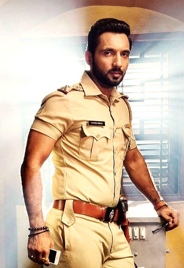 Punit J. Pathak went on special diet, fitness regime to look good in cop's uniform (Credit: Instagram) - Punit J. Pathak