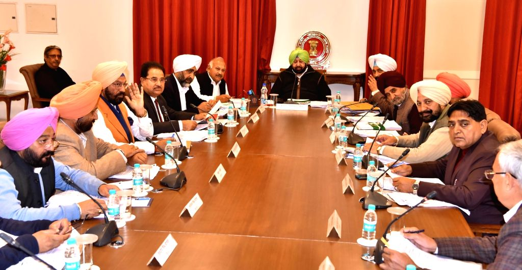 Punjab Chief Minister Amarinder Singh chairs the cabinet meeting in Amritsar, on Feb 17, 2019. - Amarinder Singh