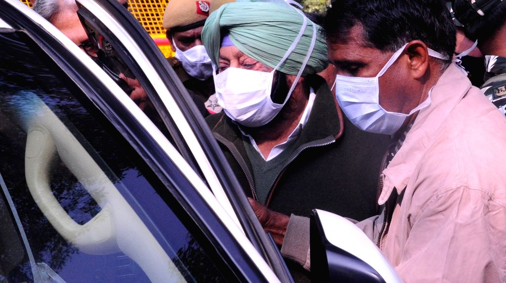 Punjab Chief Minister Captain Amarinder Singh leaves after meeting Union Home Minister Amit Shah over contentious farm laws, in New Delhi on Dec 3, 2020. - Captain Amarinder Singh and Amit Shah