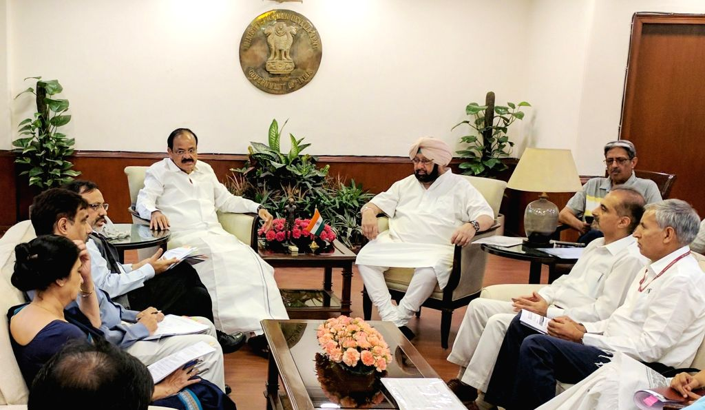Punjab Chief Minister Captain Amarinder Singh calls on Union Minister for Urban Development M. Venkaiah Naidu in New Delhi on May 17, 2017. - Captain Amarinder Singh and M. Venkaiah Naidu