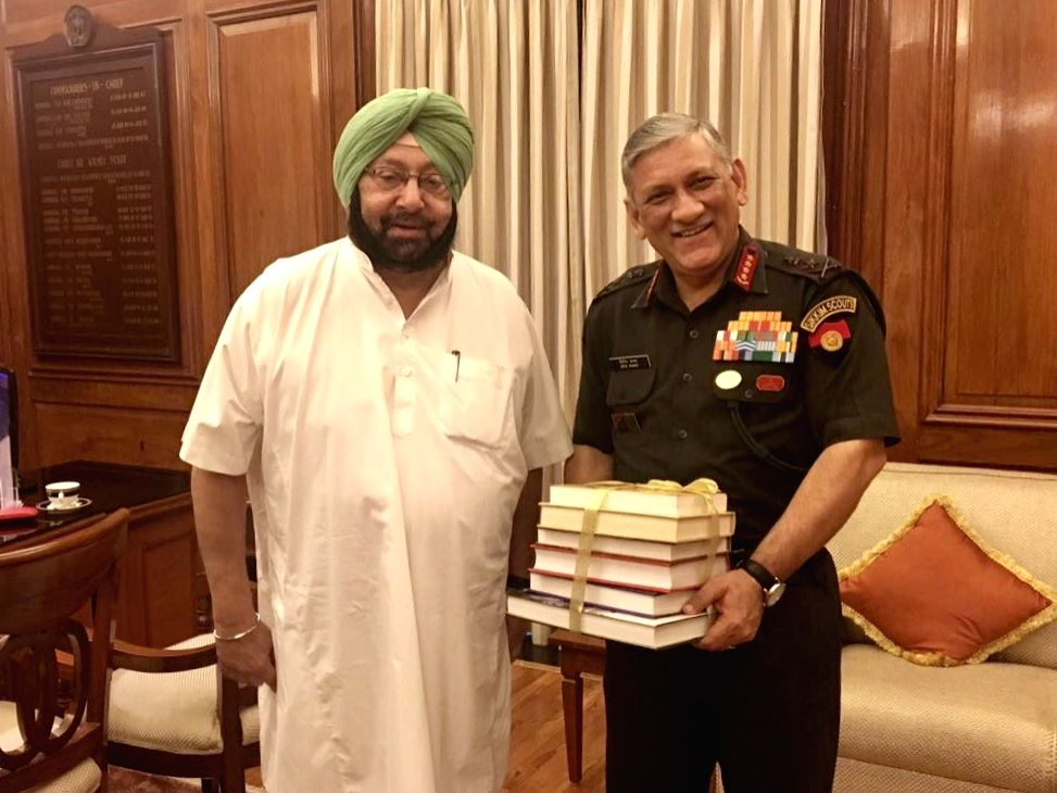 Punjab Chief Minister Captain Amarinder Singh  meets Army Chief General Bipin Rawat in Chandigarh, on July 6, 2017. - Captain Amarinder Singh