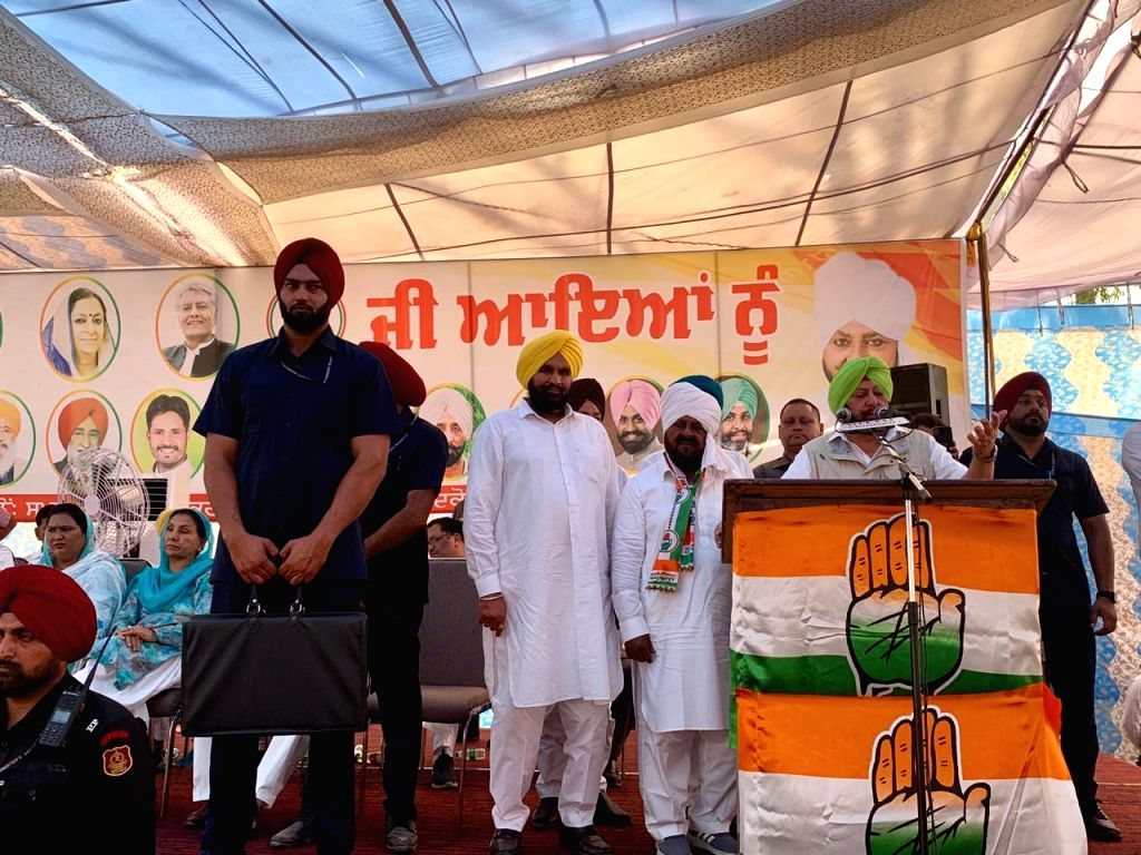 Punjab Chief Minister Captain Amarinder Singh addresses a public rally ahead of the 2019 Lok Sabha elections, in Punjab's Faridkot, on April 24, 2019. - Captain Amarinder Singh