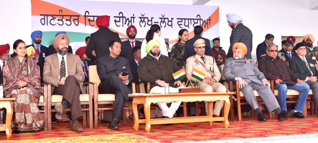 Punjab Chief Minister Captain Amarinder Singh and other dignitaries witness the cultural programme during the 71st Republic Day celebrations in SAS Nagar district on Jan 26, 2020. - Captain Amarinder Singh