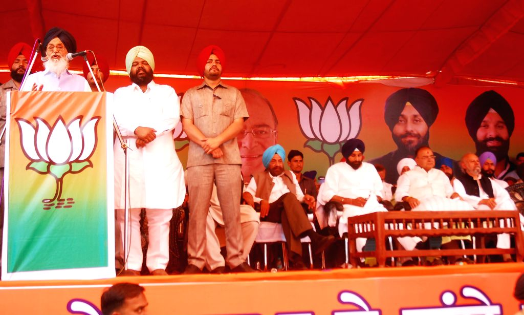 Punjab Chief Minister Parkash Singh Badal addresses a rally in Ajnala near Amritsar on April 16, 2014.
