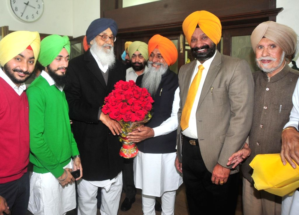 Punjab Chief Minister Parkash Singh Badal celebrates his birthday at his residence in Chandigarh, on Dec 8, 2015.