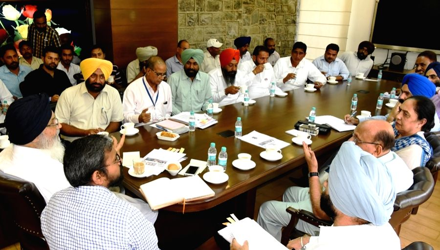 Punjab Chief Minister Parkash Singh Badal presides over a meeting with progressive fish farmers and fishery experts in Chandigarh on Oct 20, 2016. - Parkash Singh Badal