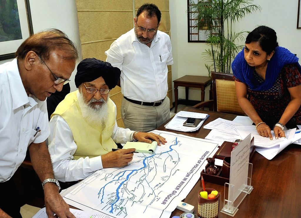 Punjab Chief Minister Parkash Singh Badal during a meeting regarding Ghaggar river pollution in Chandigarh on Sept 8, 2014. - Parkash Singh Badal