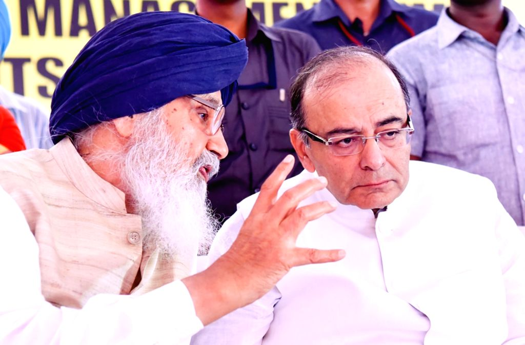Punjab Chief Minister Parkash Singh Badal with Union Minister for Finance, Corporate Affairs, and Information and Broadcasting Arun Jaitley during foundation stone laying ceremony of IIM in ... - Parkash Singh Badal and Arun Jaitley