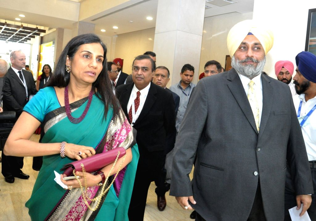 Punjab Deputy Chief Minister Sukhbir Singh Badal and Reliance Industries Ltd (RIL) Chairman Mukesh Ambani during Progressive Punjab Summit in Mohali on Oct 28, 2015. - Sukhbir Singh Badal and Mukesh Ambani