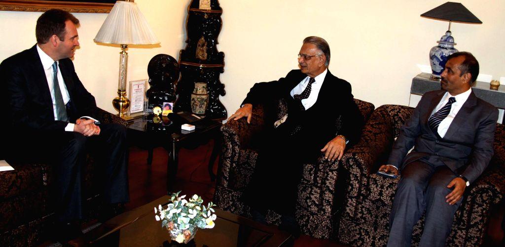 Punjab Governor and Administrator of Union Territory of Chandigarh, Shivraj V. Patil during a meeting with British Deputy High Commissioner (Northwest India) David Lelliott at Punjab Raj Bhavan in ... - Shivraj V. Patil