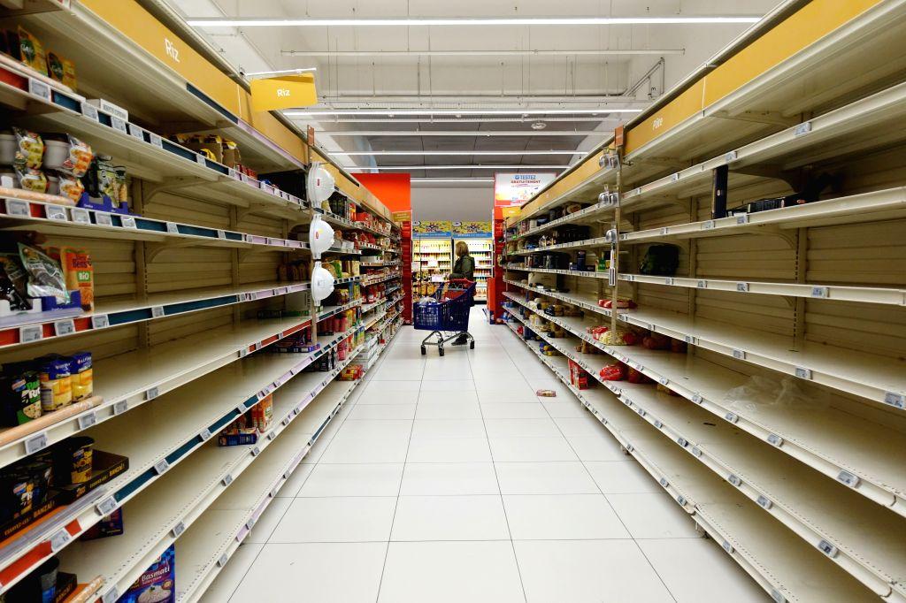 Punjab, Haryana supermarkets witness heavy buying.