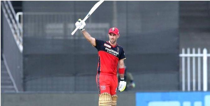 Punjab need to score 165 runs (Lead-2) to win