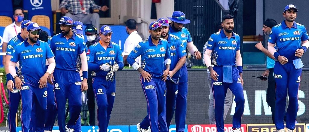 Qualification hopes hanging by a thread, Mumbai take on Rajasthan