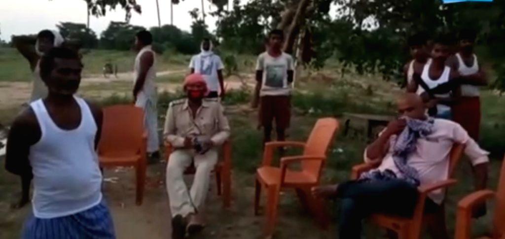 Quarantined migrants protest 'lack of facilities' in Bihar's Nalanda.
