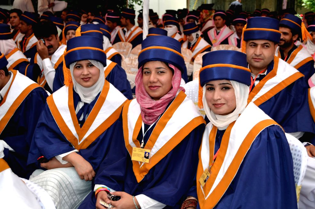 New graduates attend the 11th convocation ceremony of Balochistan University in southwest Pakistan's Quetta on May 15, 2014. More than 600 students from various ...