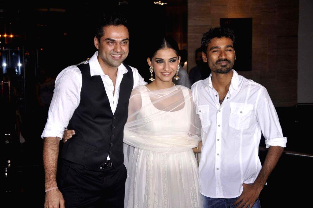 'Raanjhanaa' turns 7, director Aanand L. Rai is nostalgic - Aanand L. Rai