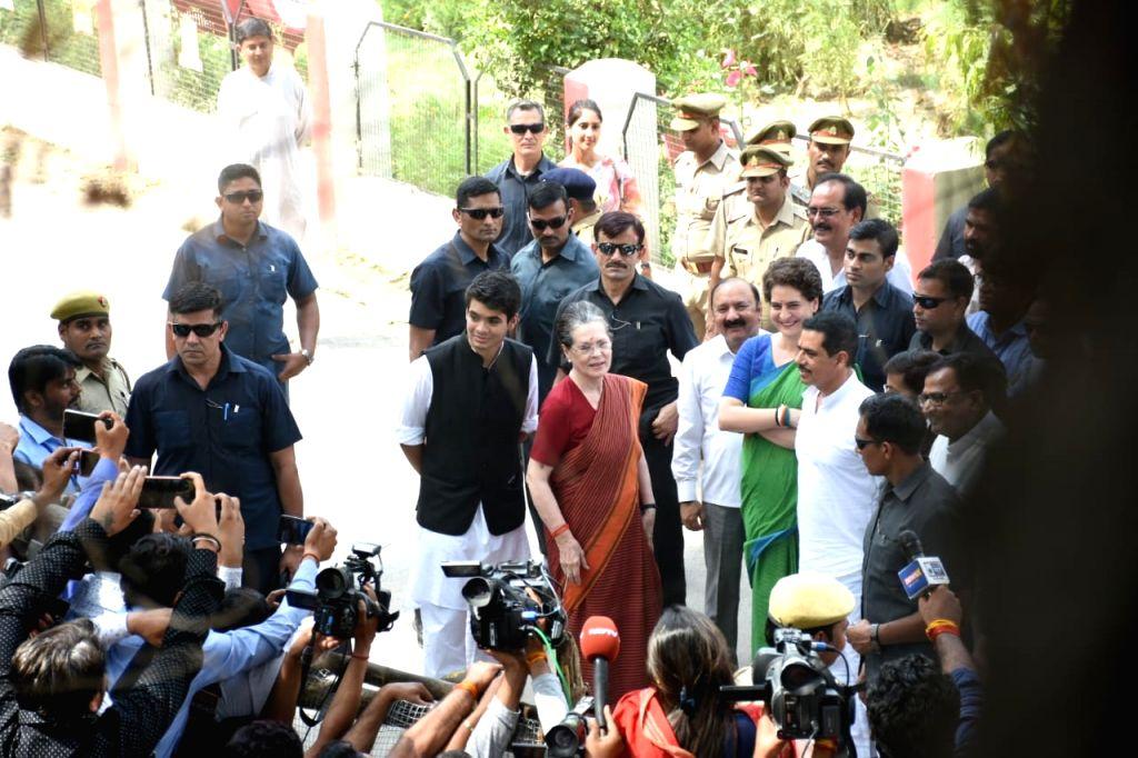 Rae Bareilly: Rae Bareilly: UPA Chairperson and Congress's Lok Sabha candidate from Rae Bareilly, Sonia Gandhi accompanied by Congress General Secretary (Uttar Pradesh East) Priyanka Gandhi Vadra, ... - Sonia Gandhi and Priyanka Gandhi Vadra