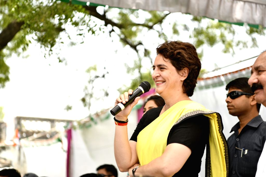 Raebareli: Congress leader Priyanka Gandhi Vadra interacts with people during election campaign in Raebareli, Uttar Pradesh on May 2, 2019. (Photo: IANS) - Priyanka Gandhi Vadra