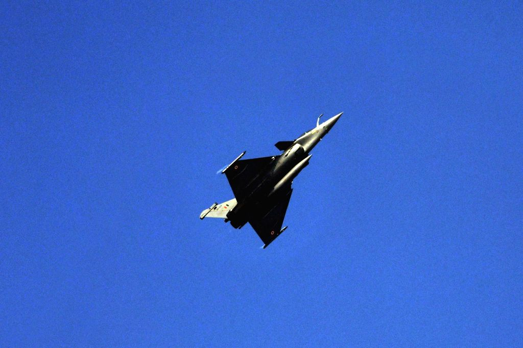 Rafale of the Indian Air Force flypast during the full dress rehearsal for the upcoming Republic Day Parade on Jan 23, 2021.  (Photo: IANS)