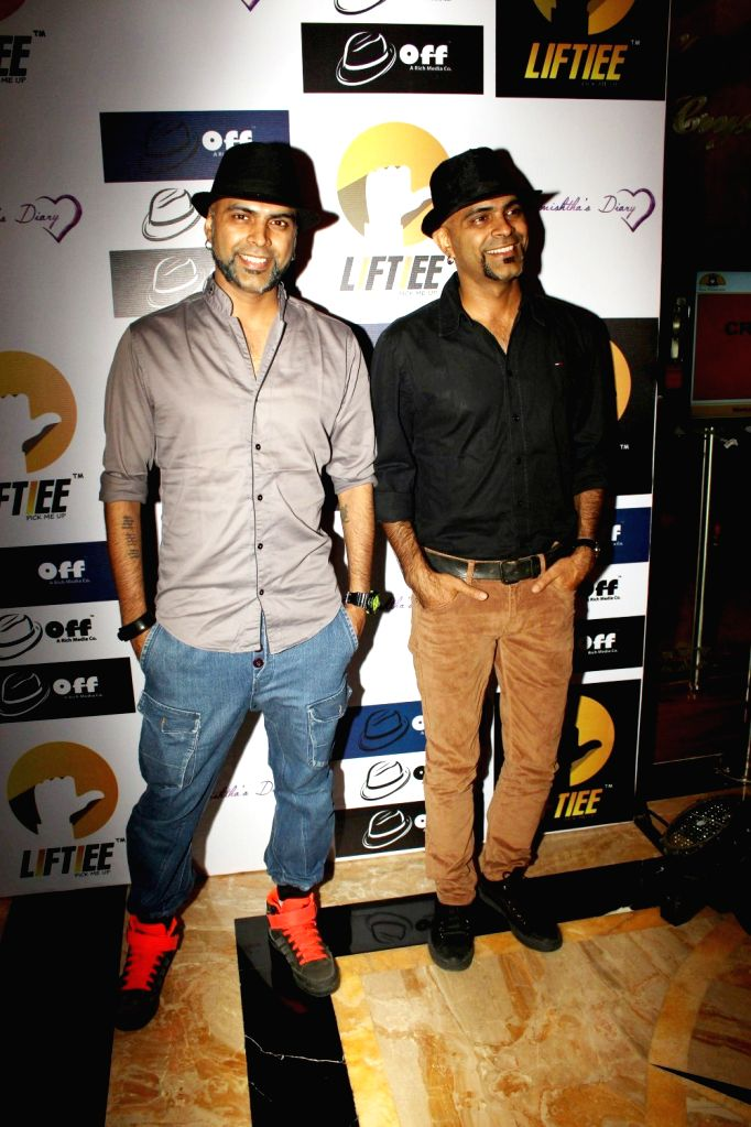 Raghu Ram and Rajiv Laxman at the launch of Unique Carpooling and Bikepooling App in Mumbai, on March 17, 2016.