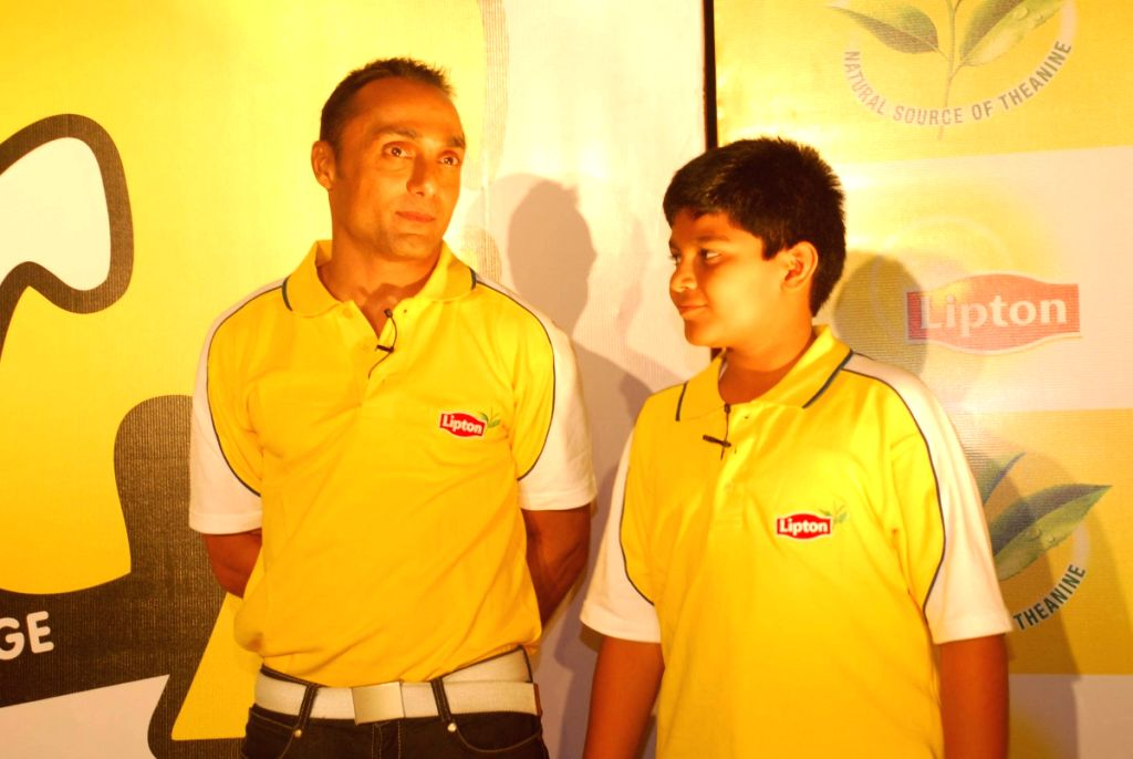 Rahul Bose at world's largest online puzzle launch www.stay-sharp.in.