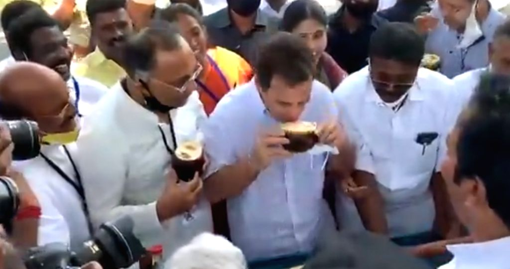 Rahul Gandhi enjoys a refreshing Palm fruit, locally known as 'Nungu', at Achankulam, Kanyakumari, TN.(photo:Twitter) - Rahul Gandhi