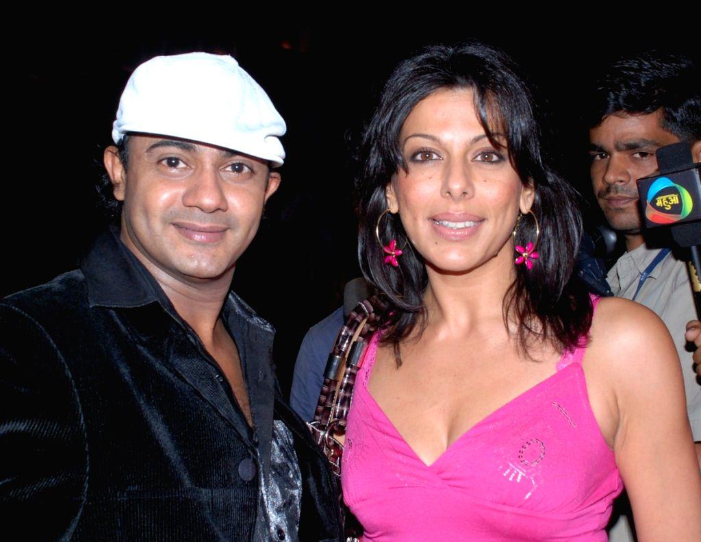 Rahul Saxenna's Dance Connection celebrates summer XTASY 09.
