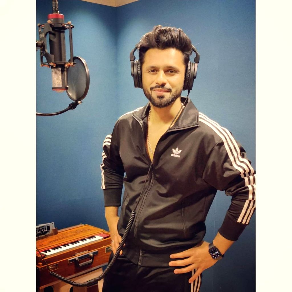 Rahul Vaidya: Won't compare if singers are bigger than actors.(photo:Instagram)