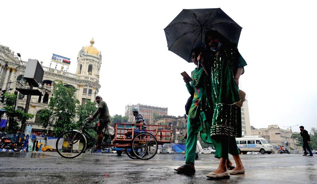 Rain in Kolkata on June 16, 2021