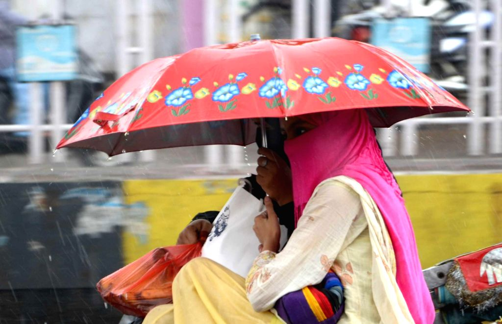 Rains in Lucknow on August 2, 2014.