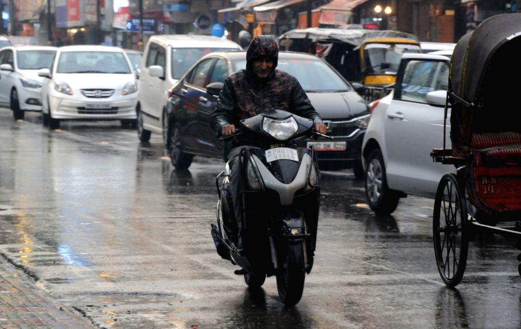 Rains lash Amritsar on Feb 14, 2019.