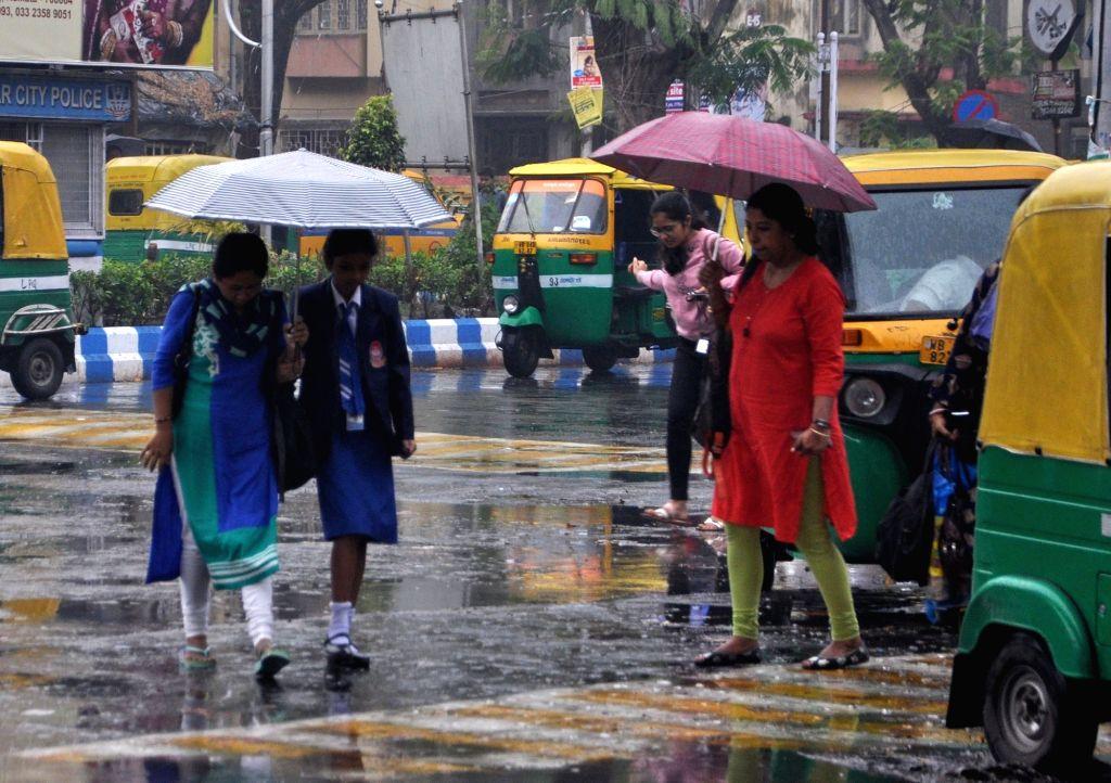 Rains lash Kolkata, on Feb 25, 2019.