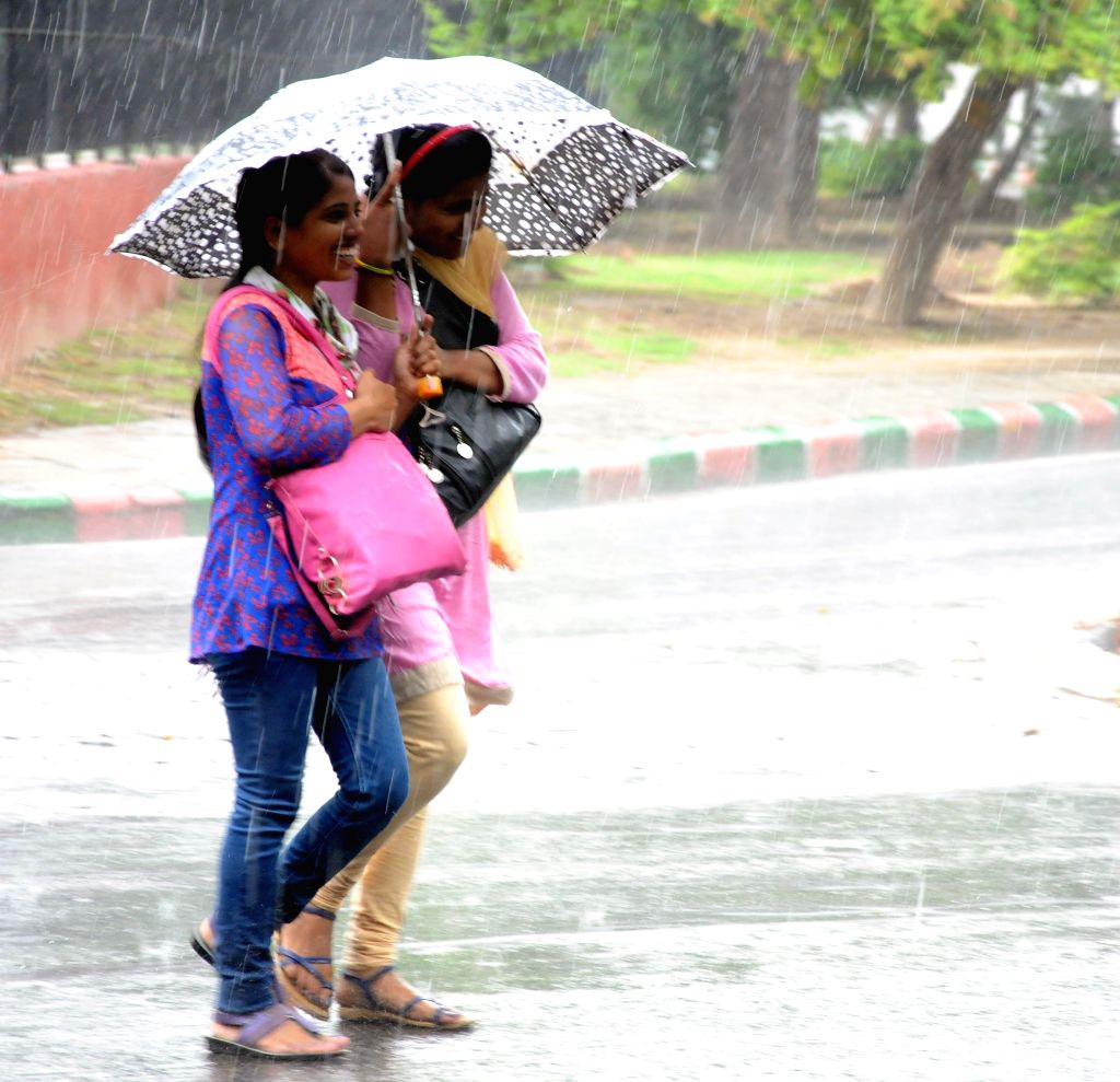 Rains lash New Delhi on Aug 16, 2015.