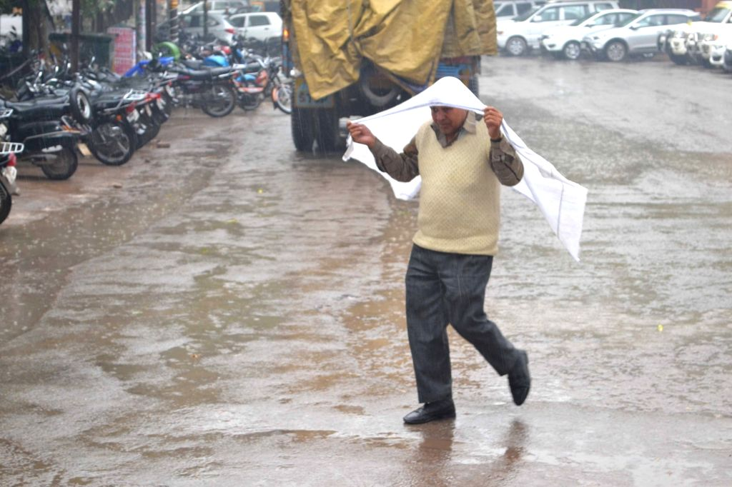 Rains lash Varanasi on Feb 15, 2019.
