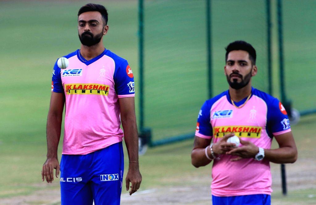 Rajasthan Royals' Jaydev Unadkat (L) and Prashant Chopra (R) during a practice session in Jaipur on April 10, 2019. - Prashant Chopra