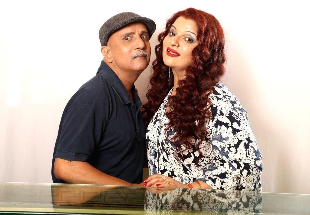 Rajesh Puri & Payal Goga Kapoor in Hindi Comedy Play 'Golmaal-The Play'. - Payal Goga Kapoor
