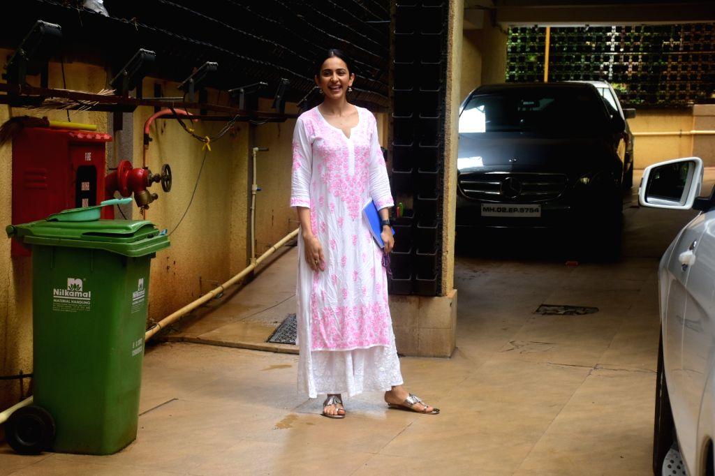 Rakul Preet Singh spotted at bandra On Sunday, 13 June,2021. - Rakul Preet Singh