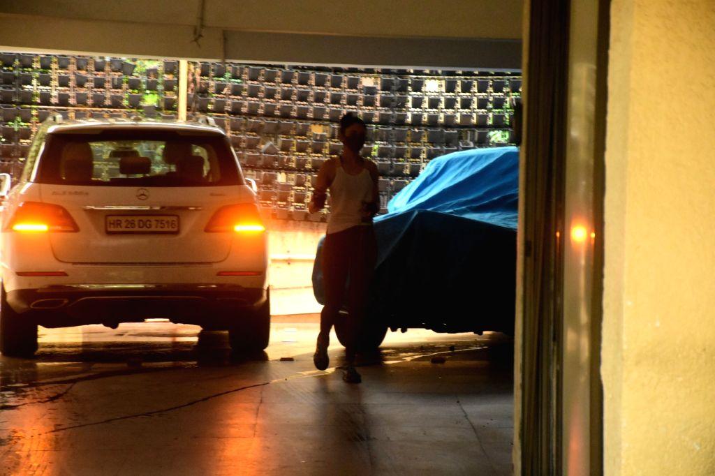 Rakul Preet Singh Spotted at Bandra On Tuesday, 07 June, 2021.