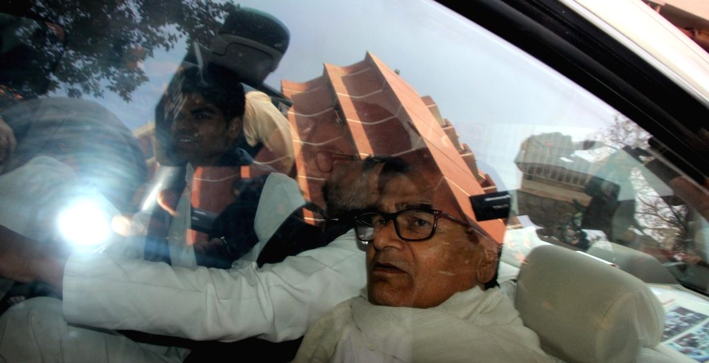 Ram Gopal Yadav arrives at the election commission in New Delhi, on Jan 13, 2017. - Gopal Yadav
