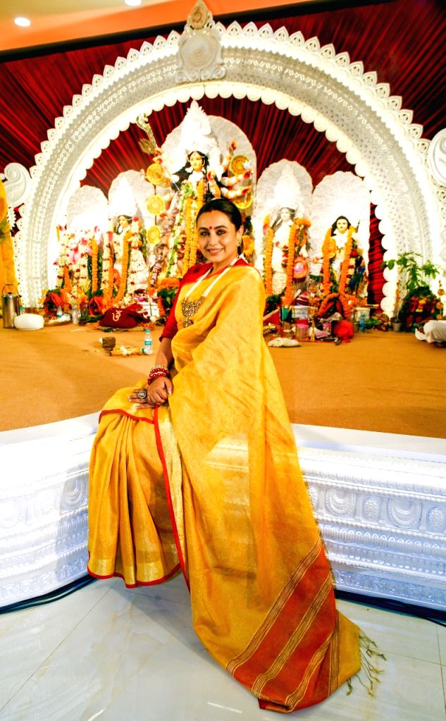 Rani Mukerji At North Bombay Durga Pooja on 14 october,2021.